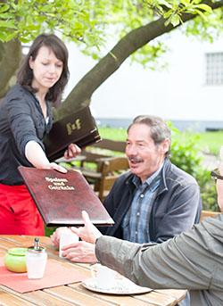 Gemütlicher Biergarten in Trendelburg